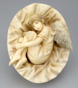 Haibane-Renmei RAKKA curled up PVC Figure